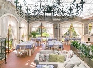 Cascadas Italian Restaurant